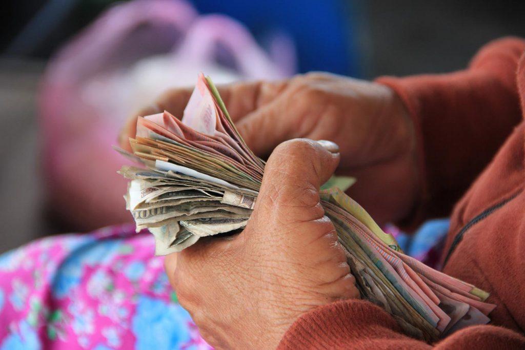 Jak dbać o zdolność kredytową