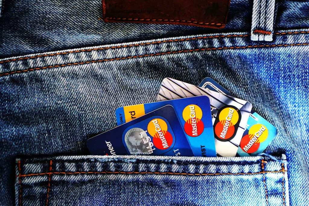 Jak działa karta kredytowa w Polsce